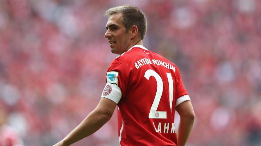 "Philipp Lahm: ""Don't declare yourself gay"""
