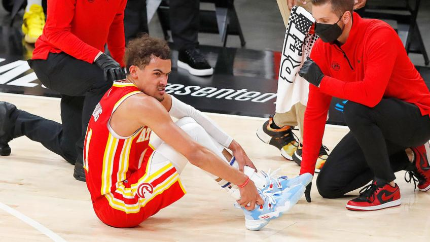 Hawks' Trae Young after Game 3: My right ankle is sore