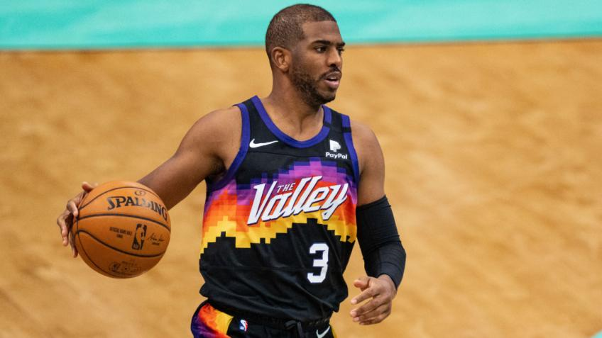 Chris Paul leads Suns past Clippers, reaches his first NBA Finals